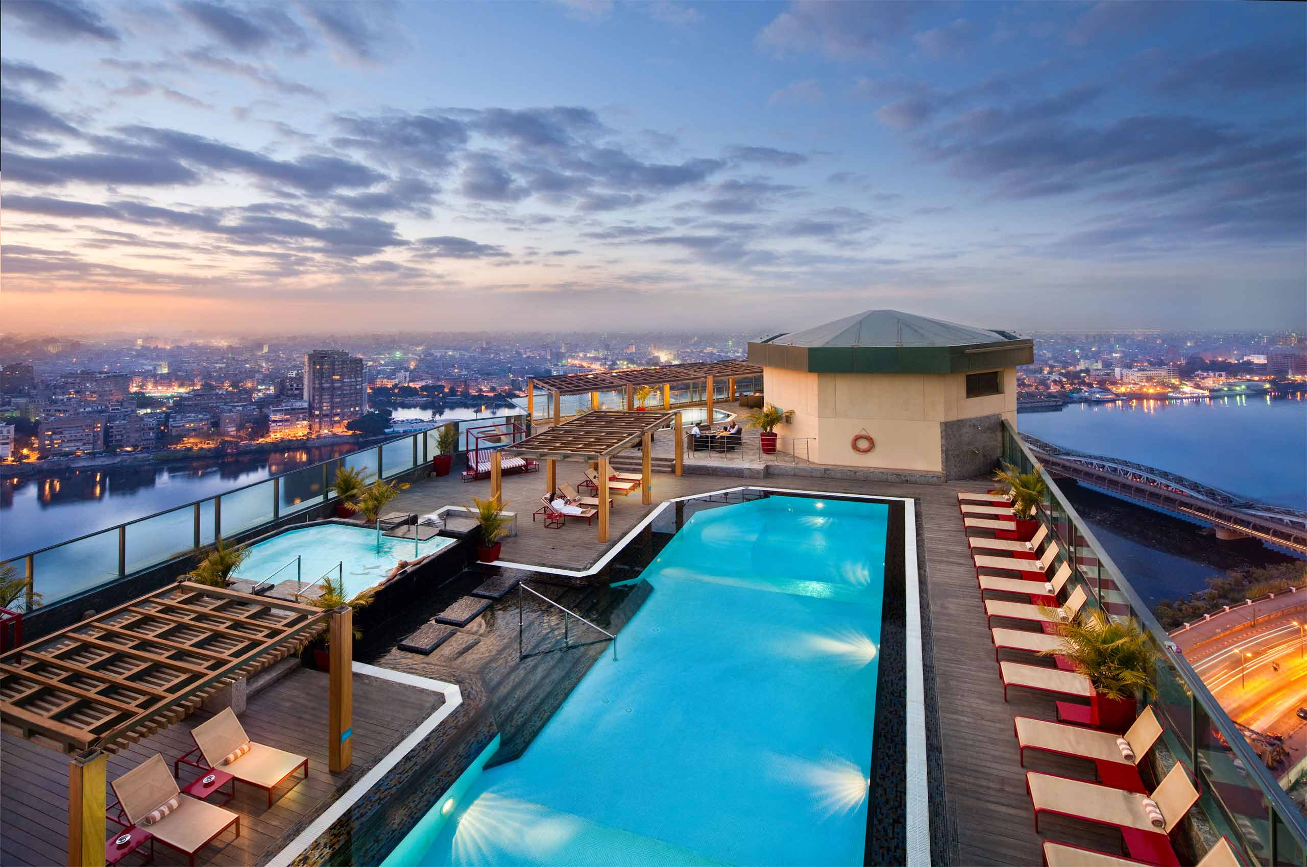 Best rooftops in cairo house roof for Terrace hilton zamalek